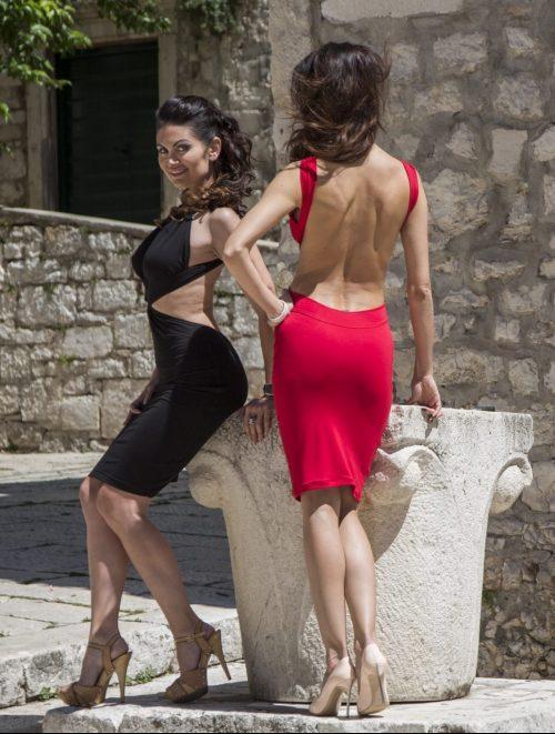haljina rihanna, u vise boja, golih leđa, otvorenih leđa, mini, uska, nova kolekcija